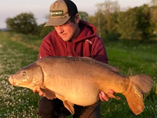 24lbs8 Caught by lee tompkins