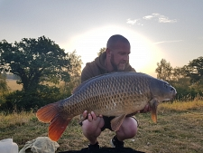 28lbs10 Caught by James logie